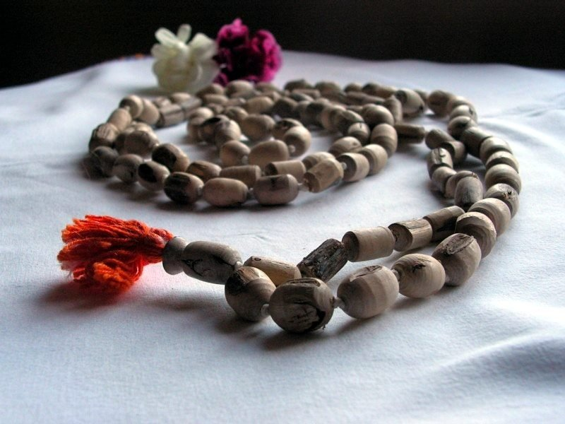 Prayer beads for mantras